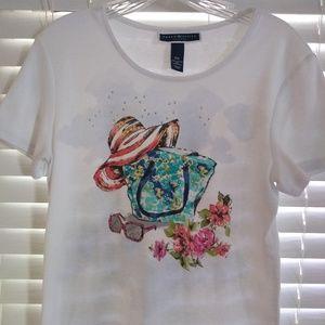 Beach Themed T-Shirt - Beach Bag, Sunhat, Glasses